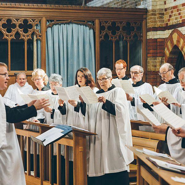 Choir-singing-600