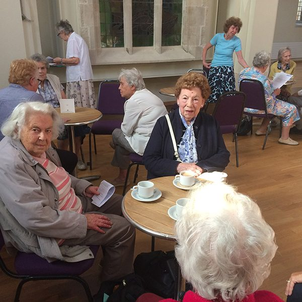 Elderly-tea-community-600