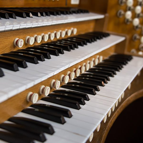 Organ-Music-600